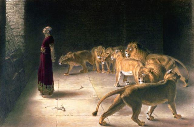 王に答えるダニエル