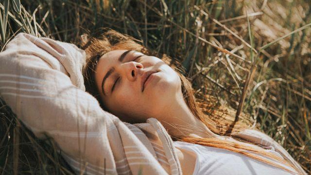 人生の転機には眠くなる?その意味を解説