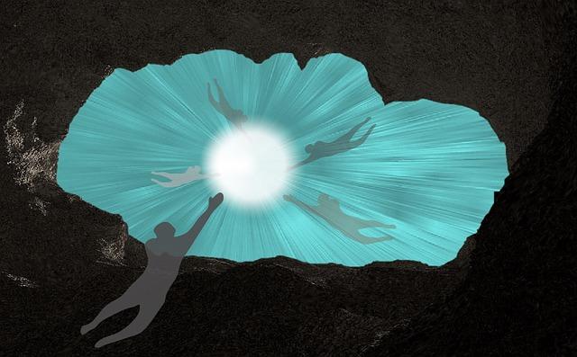 輪廻転生 カルマ 生まれ変わり 吸い込まれる 霊体 幽霊 魂 光