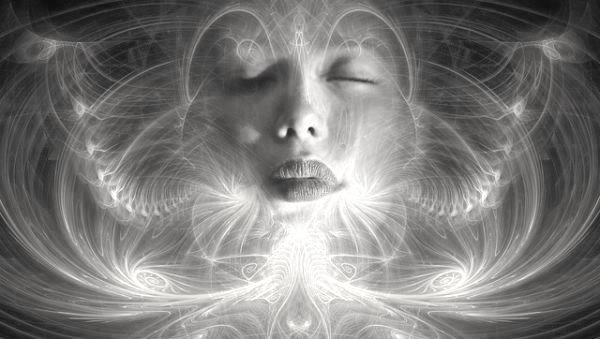 霊 憑依 神秘 リラックス