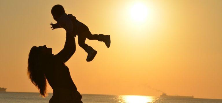 「無償の愛」アガペーとは何か?その意味を分かり易く解説
