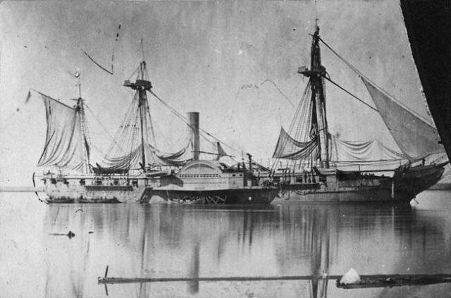 ペリーの日本来航の際の四隻の黒船の1隻
