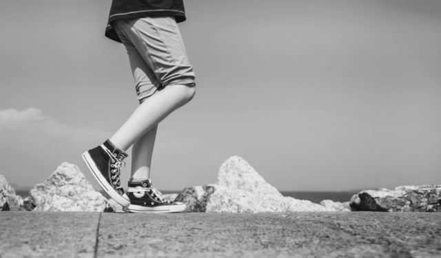 歩く ステップ 足 脚